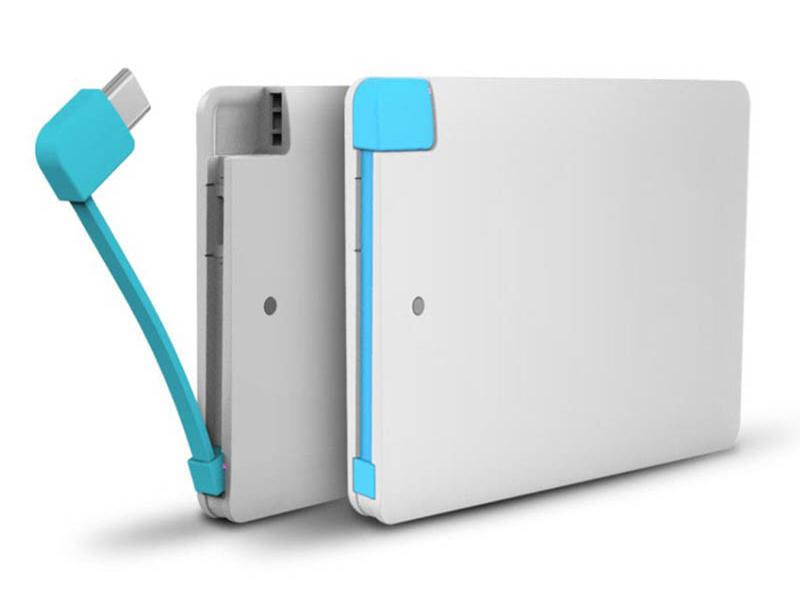 Powerbank Slimcard 2200 mAh with Micro-USB adapter