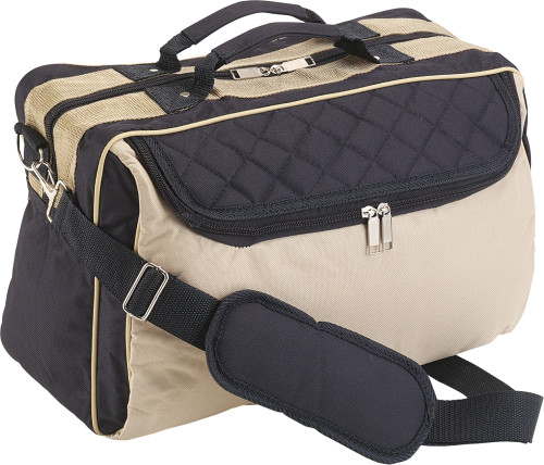 Polyester (600D) sports/travel bag